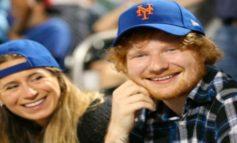 """Ed Sheeran anuncia que se ha """"comprometido"""" con su novia de siempre"""
