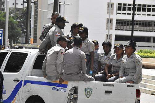 Policía reporta más de mil detenidos durante operativo por marbete de vehículos