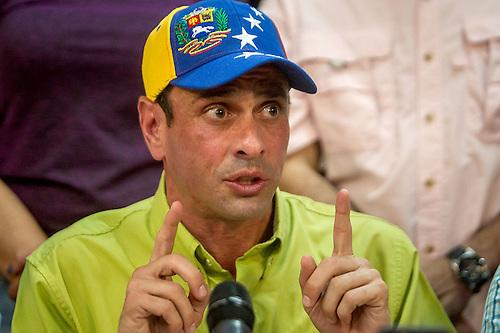 """Capriles pide """"trabajar juntos"""" a quienes buscan cambio Gobierno en Venezuela"""